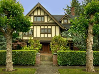 Seattle vintage home.craftsman home for sale