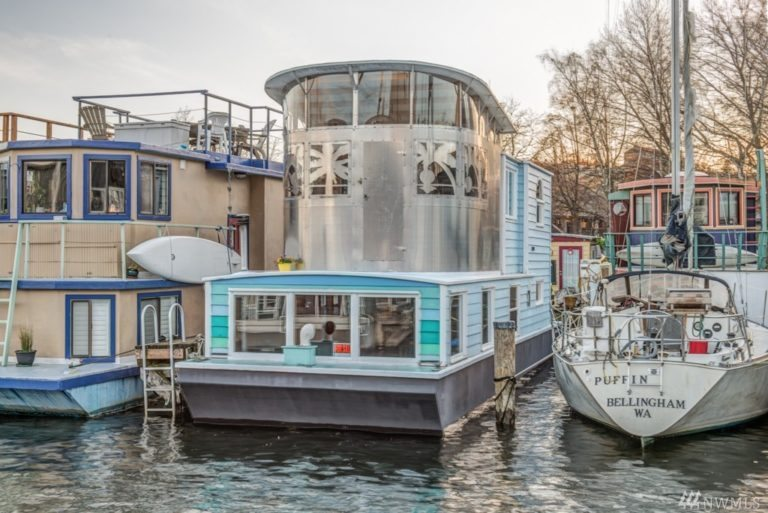 Houseboat for Sale in Seattle. artistic. Unusual. 1