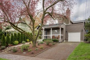 Seattle Real Estate for sale. Home for Sale in Seattle.621-29thAveE-1