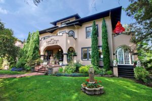 Seattle Historic Home for Sale in Roanoke Park in Seattle