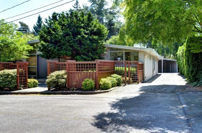 Seattle Modern Homes for Sale. Bellevue.12632 4th (16)