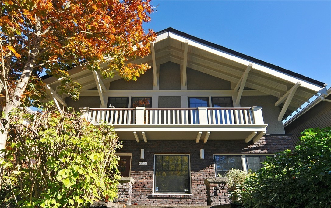 vintage capitol hill home for sale in seattle seattle dream homes seattle real estate for sale. Black Bedroom Furniture Sets. Home Design Ideas