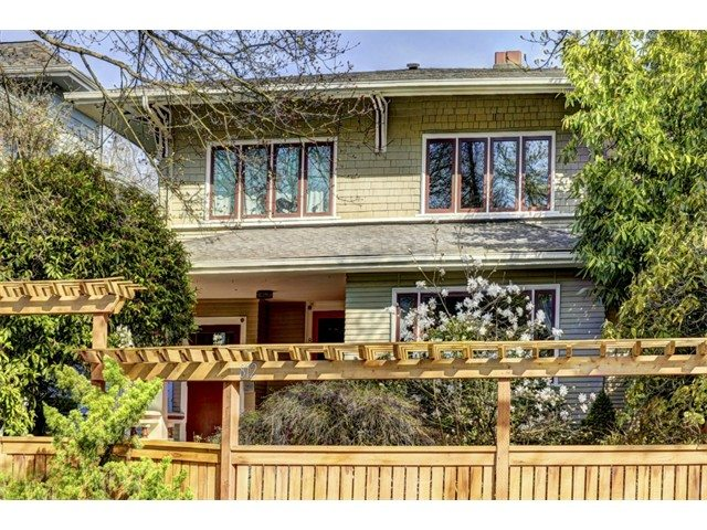 Beautiful old duplex on 15th Ave. E. Seattle real estate