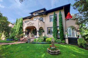 Seattle Historic Home for Sale in Roanoke Park in Seattle