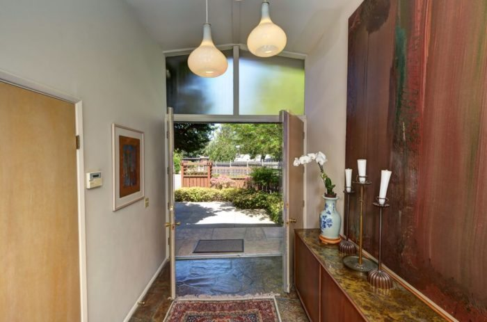 Seattle Modern Homes for Sale. Bellevue.12632 4th (11)