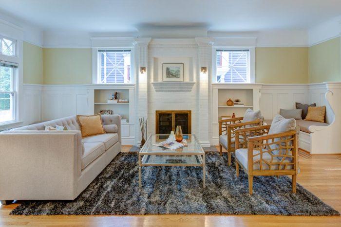Seattle real estate. interior living room