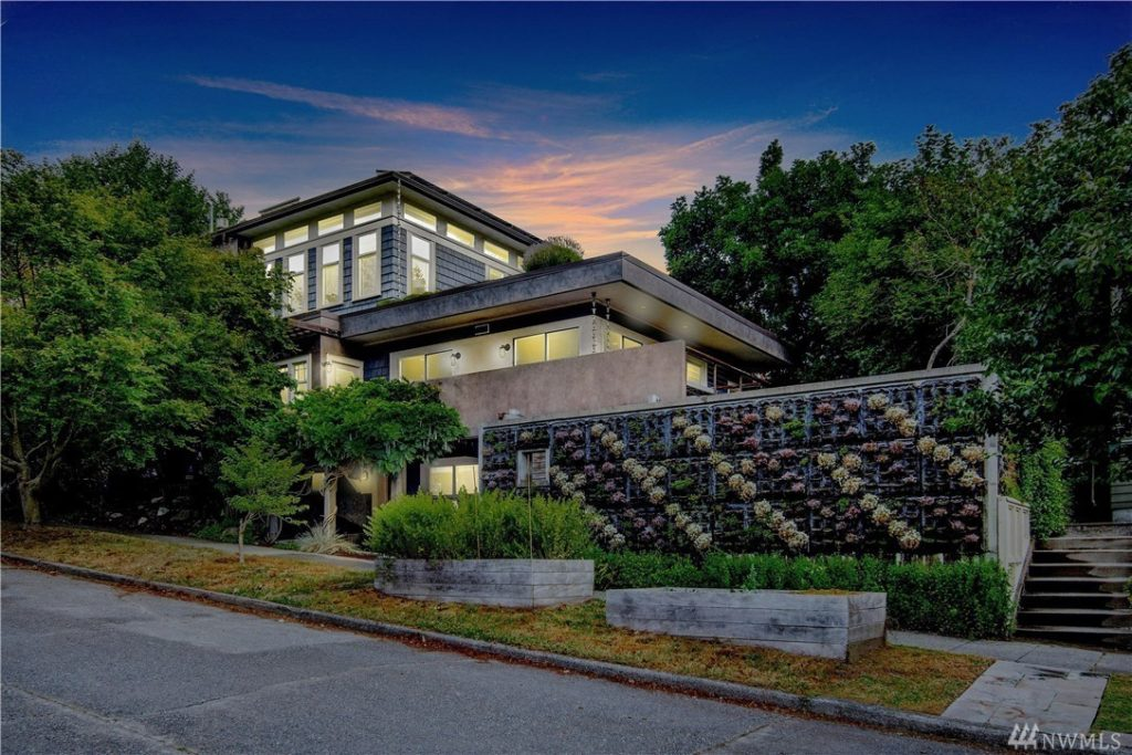 Modern home for sale in Seattle in the Wallingford neighborhood